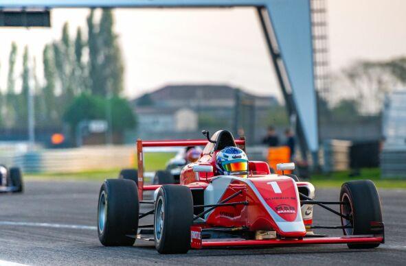 Formel fahren (Formel 1, Formel 2, Formula 3)