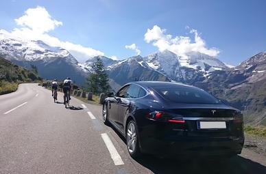 Tesla fahren in Wien
