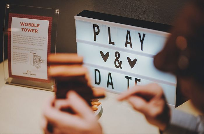 Spiel kennenlernen date